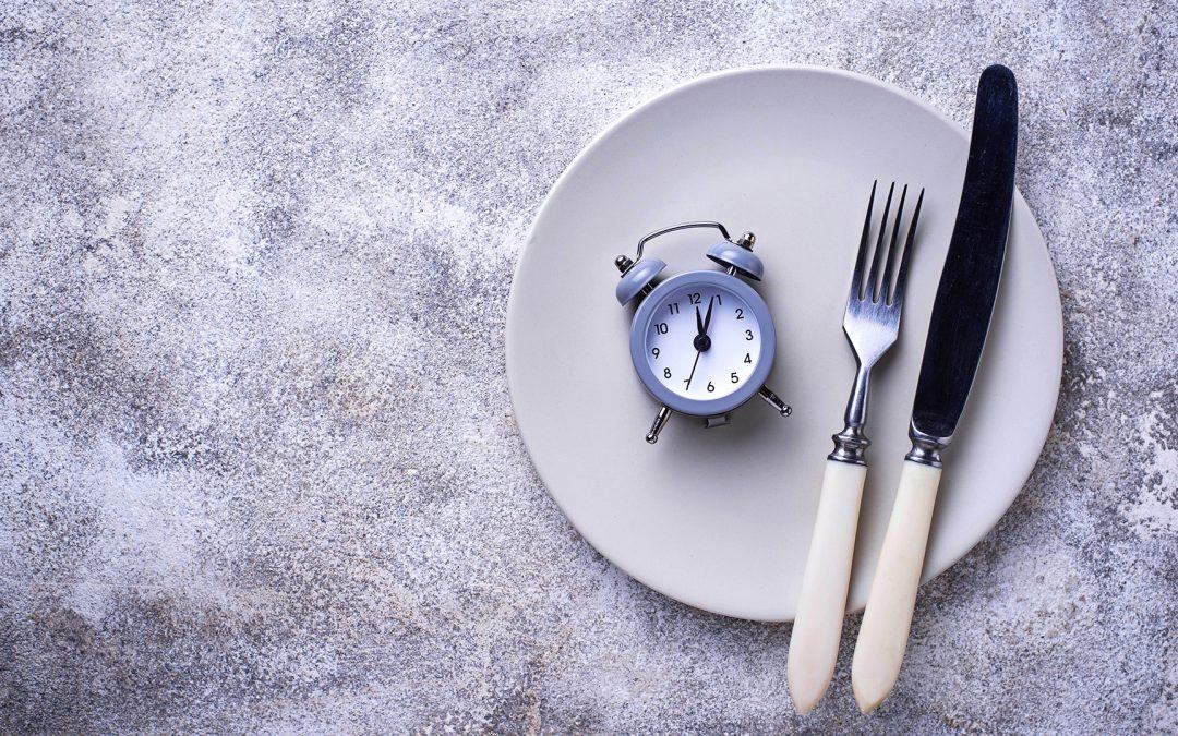 El Ayuno y la frecuencia de las comidas-Mitos